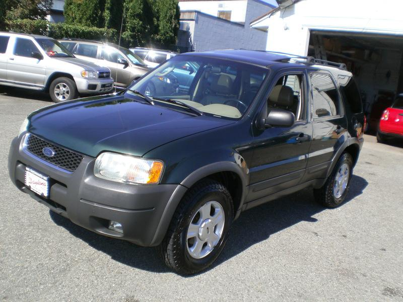 2003 ford escape xlt 4 wd leather sunroof outside. Black Bedroom Furniture Sets. Home Design Ideas