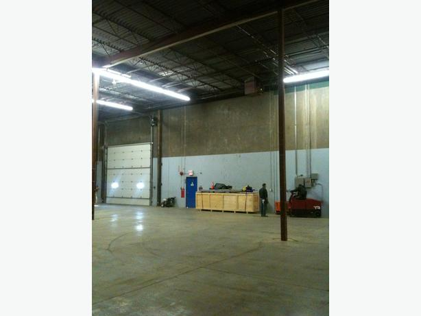 Indoor Heated Secure Warehouse Storage Bay For Lease