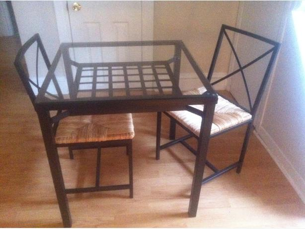 Ikea Granas Table set with 2 chairs   great condition Central Ottawa (inside greenbelt), Gatineau