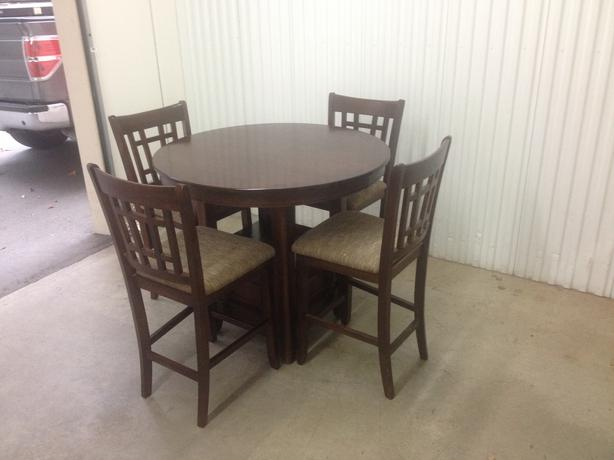 solid rubberwood bar table and 4 chairs esquimalt view royal