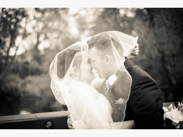 Wedding photographer with hourly rates forget quotpackages for Wedding photography rates per hour