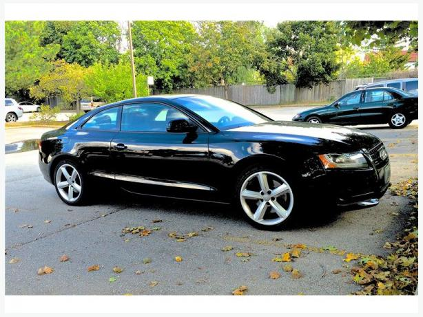 2009 audi a5 premium coupe for sale outside greater toronto area toronto. Black Bedroom Furniture Sets. Home Design Ideas