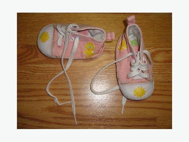 Pink Runners Sz3 Infant Sesame Street - Excellent Condition!