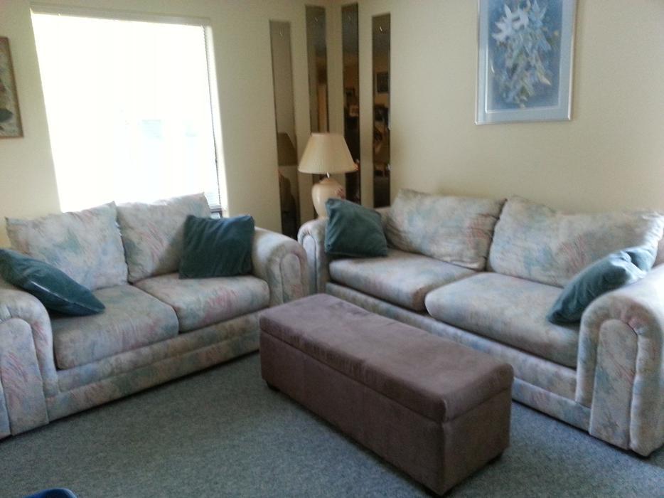 Matching Couch And Loveseat North Nanaimo Nanaimo