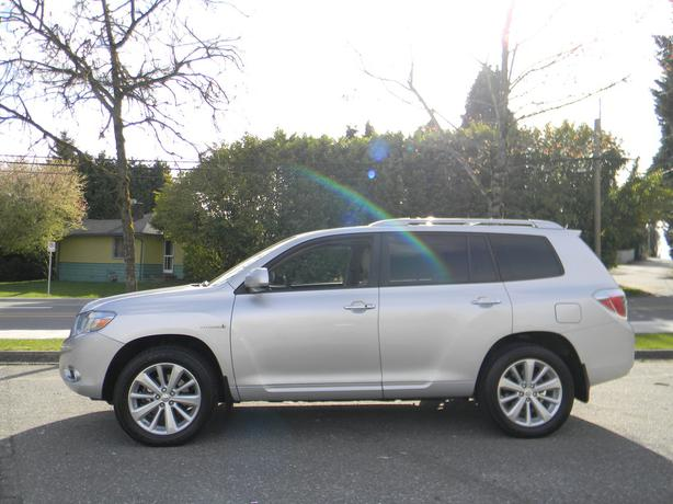 2009 toyota highlander hybrid limited awd surrey incl. Black Bedroom Furniture Sets. Home Design Ideas