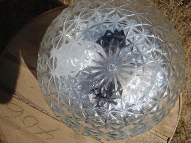GLASS SHADE LIGHT
