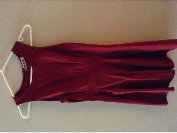 Stretchy burgundy dress