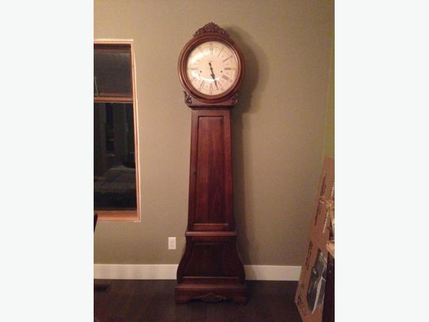 Howard Miller floor clock