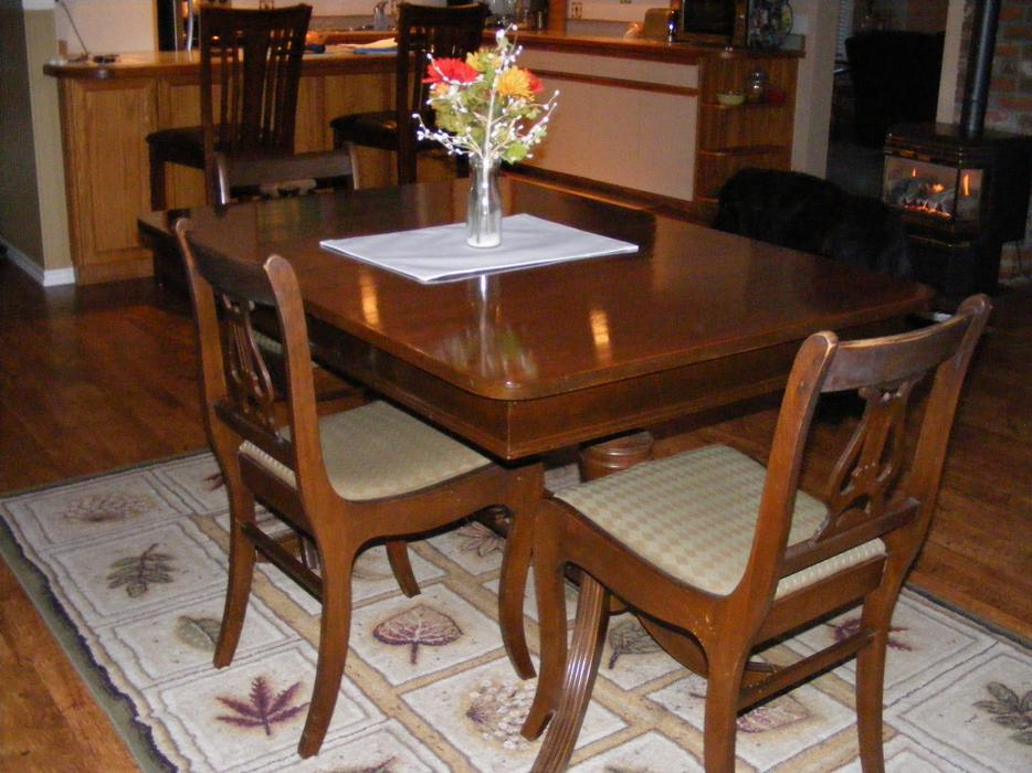Duncan Phyfe dining room table and chairs Malahat  : 43019492934 from www.usedvictoria.com size 934 x 700 jpeg 93kB