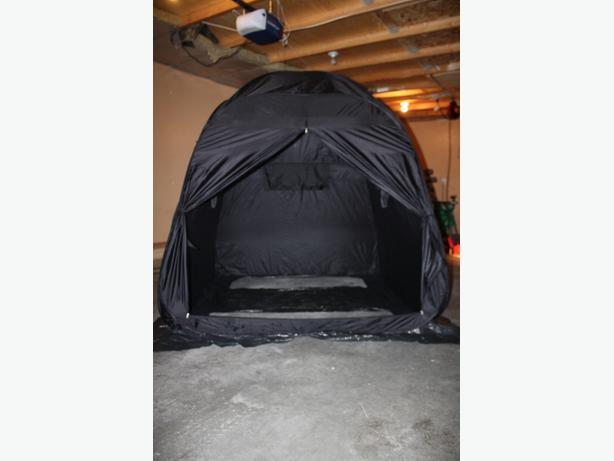Ice fishing shelter east regina regina for Cheap ice fishing shelters