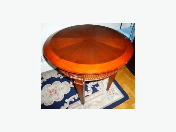 Bombay Company - Round Accent Table