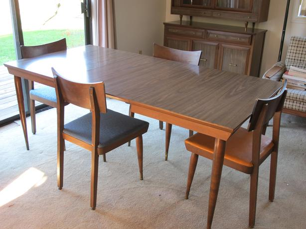 retro 60s dining room tablematching chairs and hutch retro 60s dining room tablematching chairs and hutch sooke victoria  rh   usedvictoria com