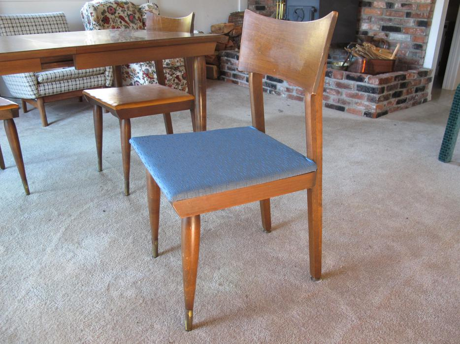 Retro 60s Dining room TableMatching chairs and Hutch  : 43043499934 from www.usedvictoria.com size 934 x 700 jpeg 117kB