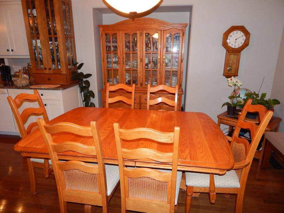 genuine solid oak dining room set east regina regina mobile