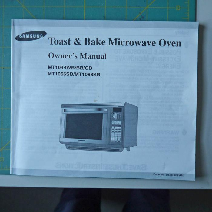 Samsung Toast & Bake Microwave Oven Saanich, Victoria
