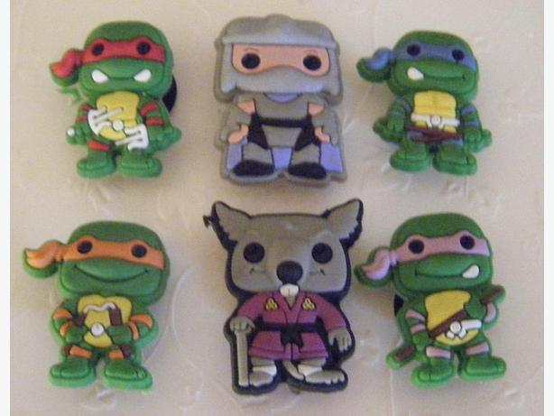 Set of 6 Ninja Turtles Magnets or Shoe Charms