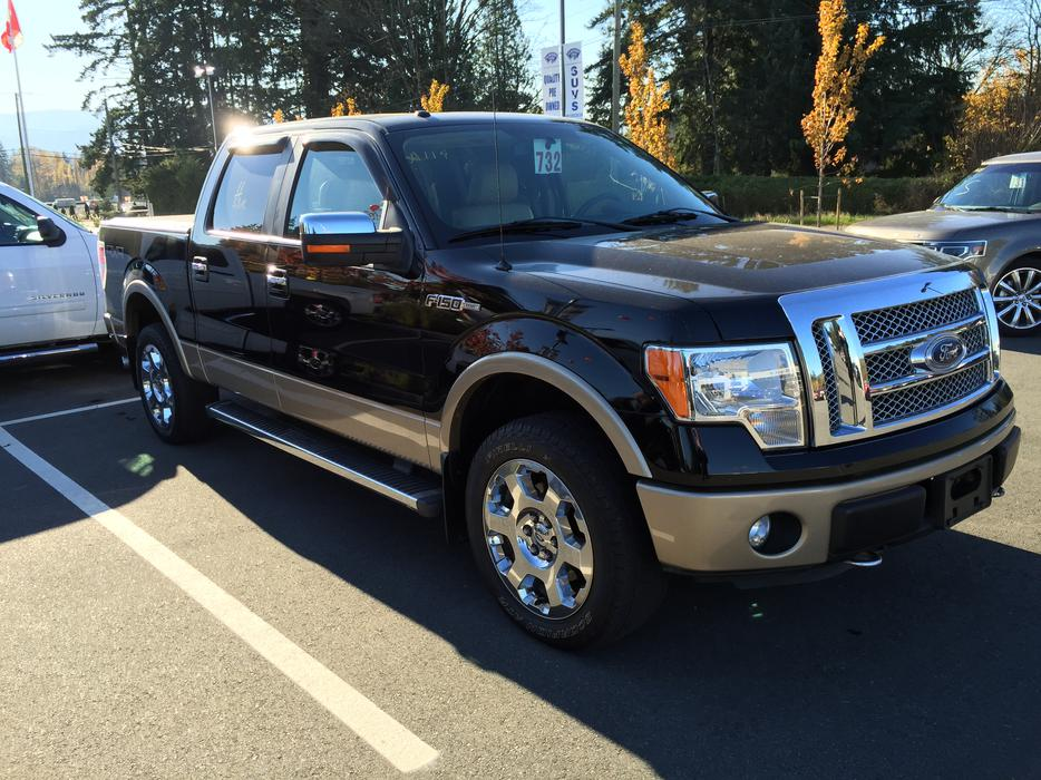 fs 2011 ford f 150 crew cab lariat outside nanaimo nanaimo. Black Bedroom Furniture Sets. Home Design Ideas