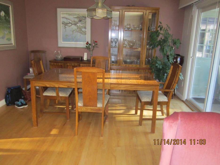 Dining room table and chairs hutch cabinet north for Dining room tables victoria