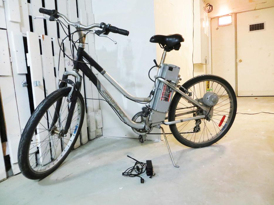 View and Download PACIFIC CYCLE SCHWINN STINGRAY ELECTRIC manual online. SCHWINN STINGRAY ELECTRIC Bicycle pdf manual download.