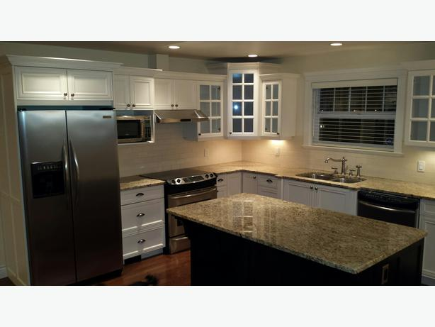 Gorgeous Custom Kitchen Granite Counter Tops And