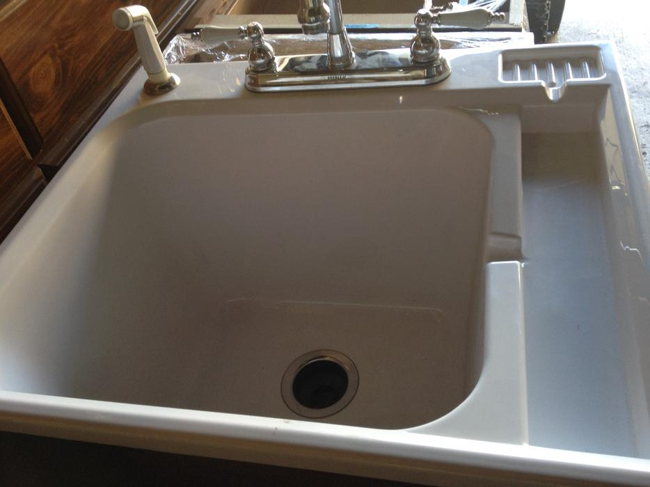 High End Laundry Tub With Faucet And Pull Out Sprayer Orleans Ottawa