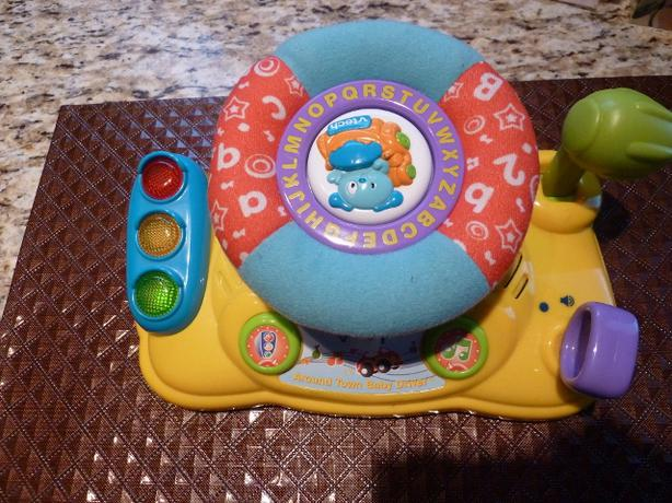 VTech - Around Town Baby Driver and Move & Crawl Ball