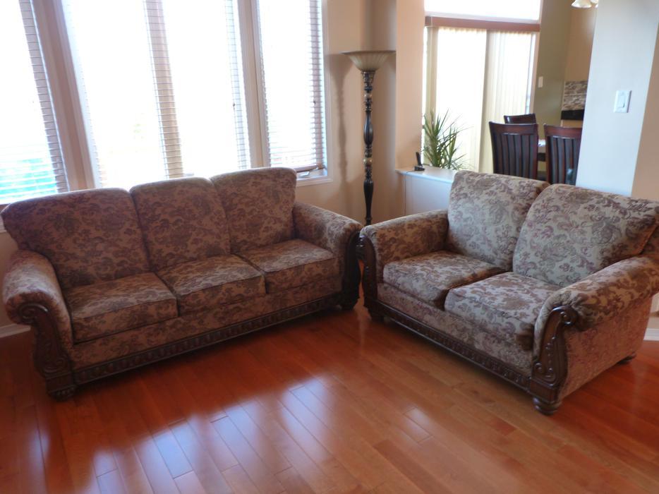 New price sofa and loveseat for sale orleans ottawa for Sofa world ottawa