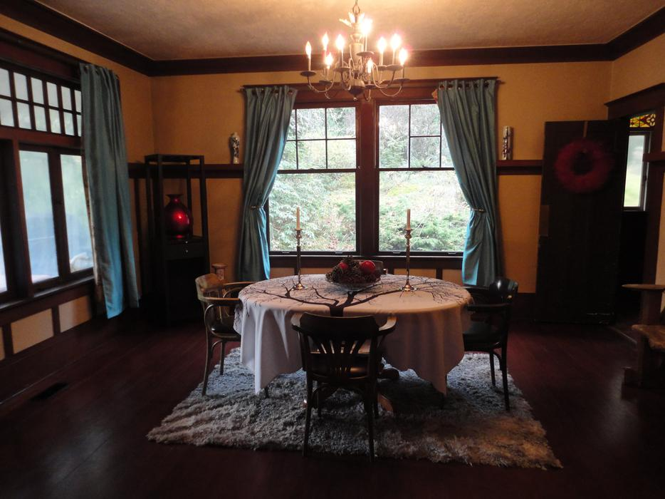 Man Cave Victoria : Private one bedroom with man cave west shore langford