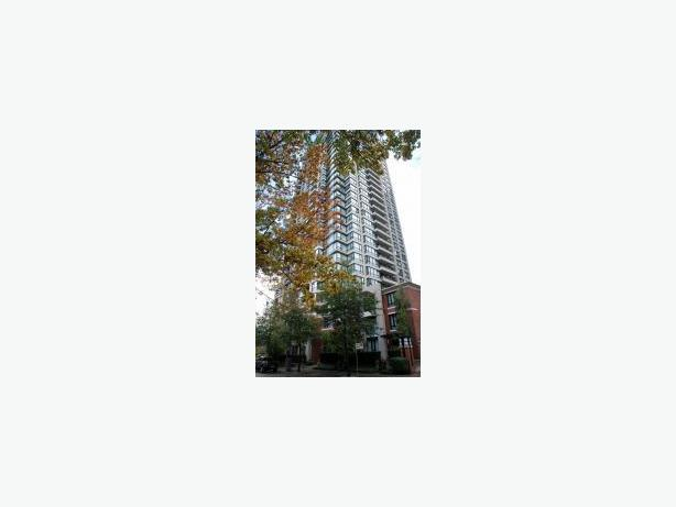 Professionally Decorated Well Appointed Condo for Rent in Yaletown #644