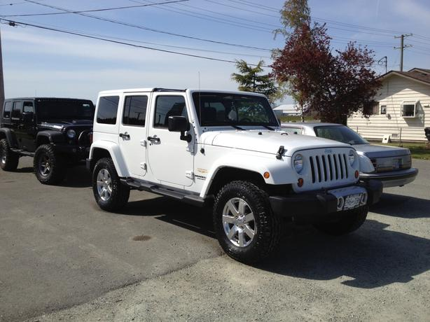 2012 jeep sahara wrangler unlimited saanich victoria. Black Bedroom Furniture Sets. Home Design Ideas