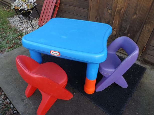 Little Tikes Oversized Table And 2 Chairs Ages 2 6 Legs