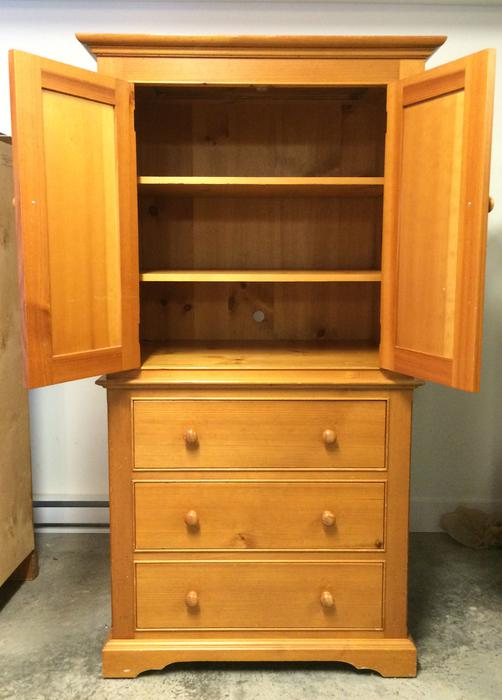 beautiful  solid pine canadian heritage bedroom furniture