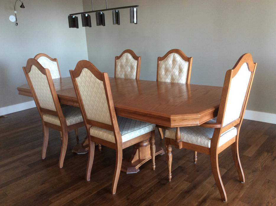 Dining Table Amp 6 Chairs Oak Bay Victoria