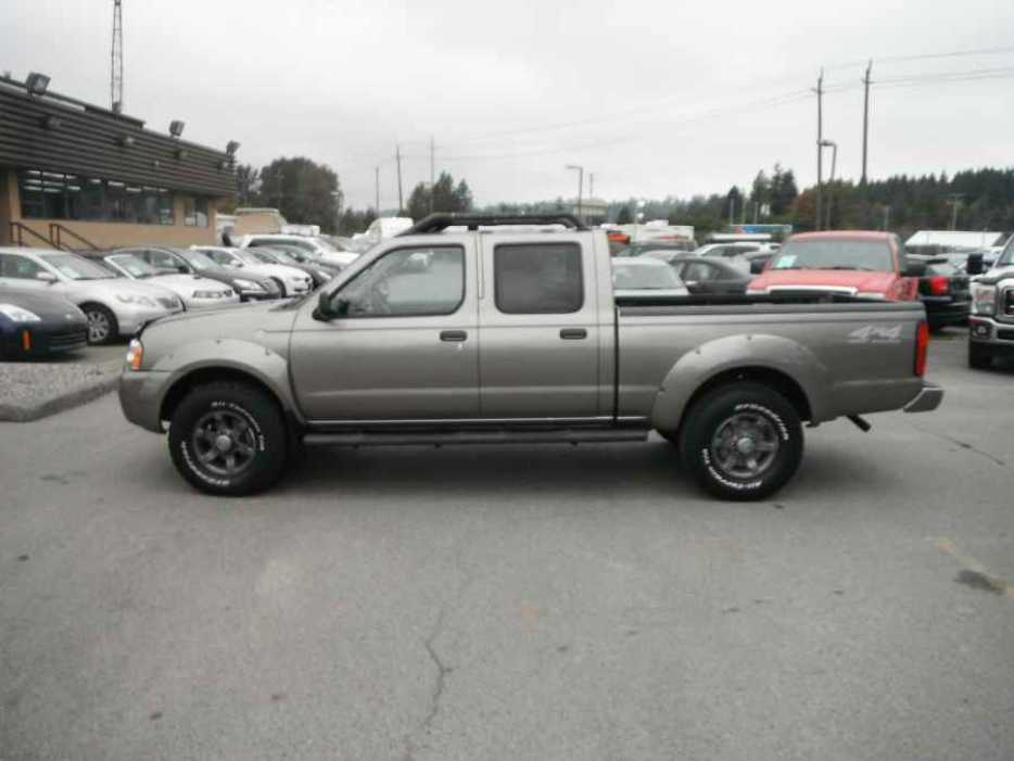 2004 nissan frontier xe v6 crew cab long bed 4wd outside nanaimo nanaimo. Black Bedroom Furniture Sets. Home Design Ideas