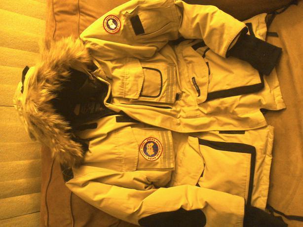 Canada Goose mens sale cheap - Canada Goose arctic program snow mantra parka Lake Cowichan, Cowichan