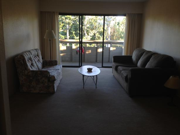 Looking For Roommate In 2 Bedroom Apartment Saanich Victoria Mobile