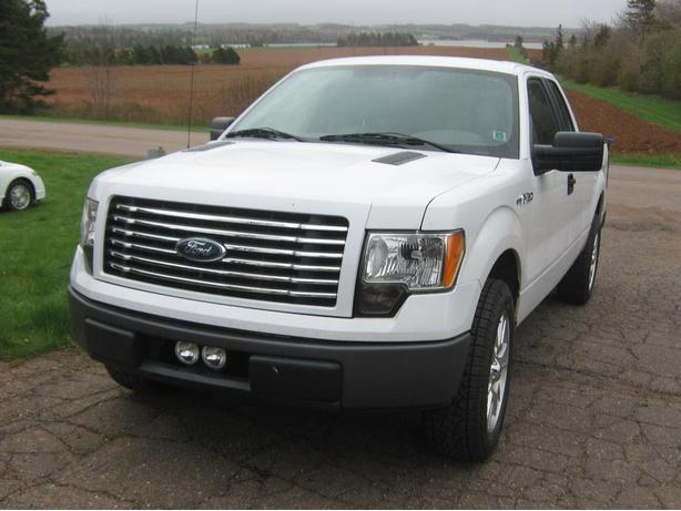 2010 ford f 150 xl supercab 2wd low mileage kensington pei mobile. Black Bedroom Furniture Sets. Home Design Ideas