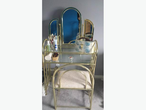 Brass and glass makeup vanity table nepean ottawa for Glass makeup table
