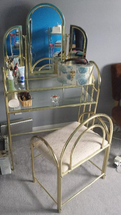 Brass And Glass Makeup Vanity Table Nepean Ottawa