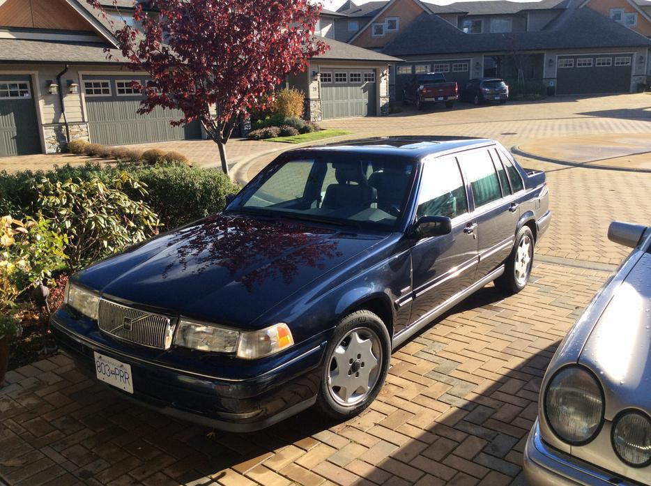 Mint Condition Very Low Miles Deluxe Volvo 960 Sedan West Shore Langford Colwood Metchosin