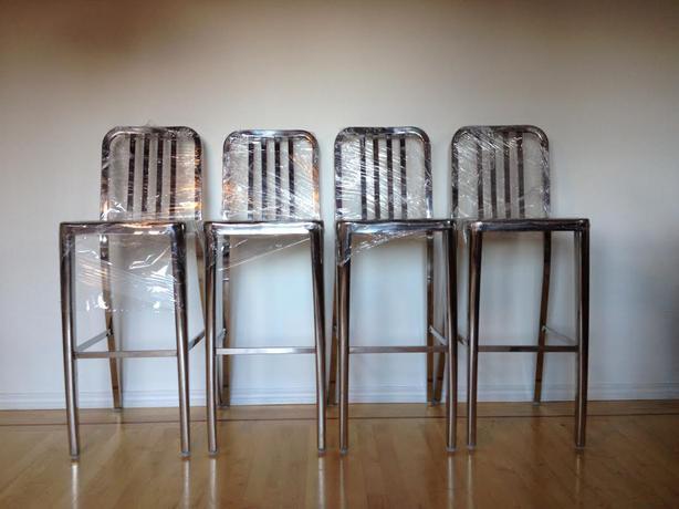 urban barn tempo bar stools chair Saanich Victoria : 43612009614 from www.usedvictoria.com size 614 x 460 jpeg 33kB