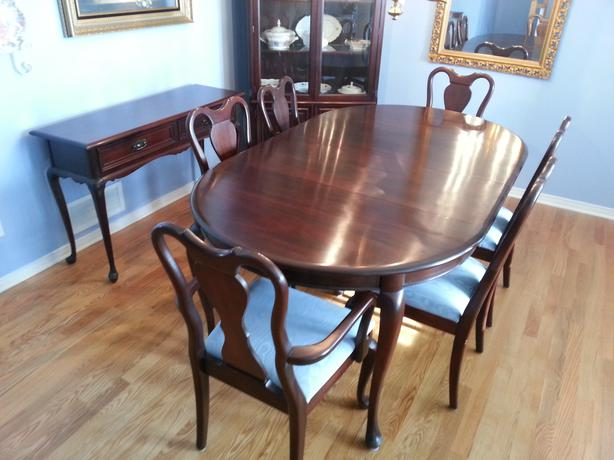 gibbard mahogany oval dining room set with corner buffet side board