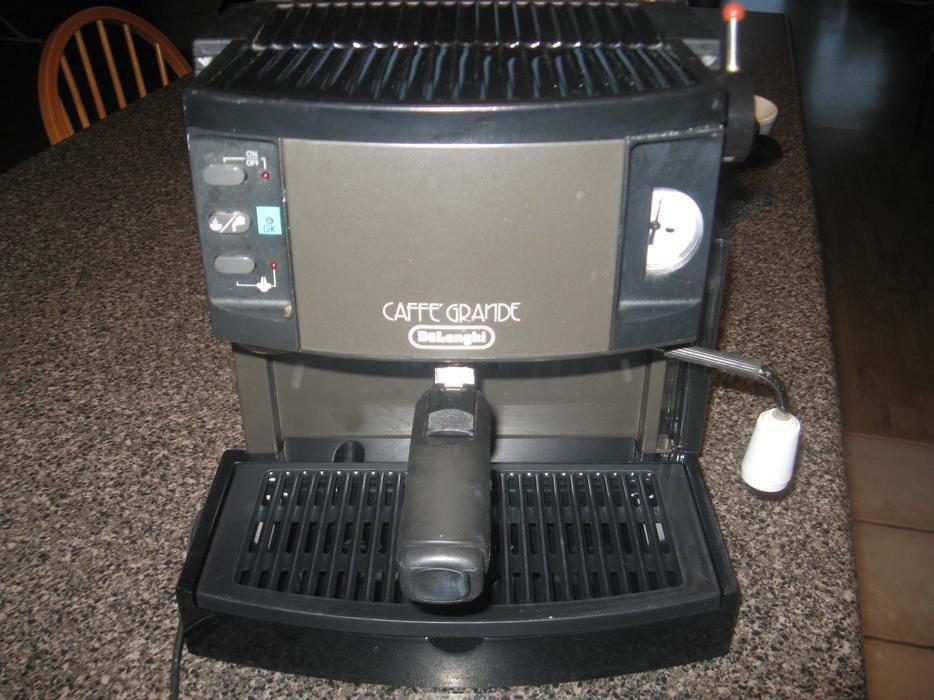 espresso cappuccino delonghi caffe grande machine cobble. Black Bedroom Furniture Sets. Home Design Ideas