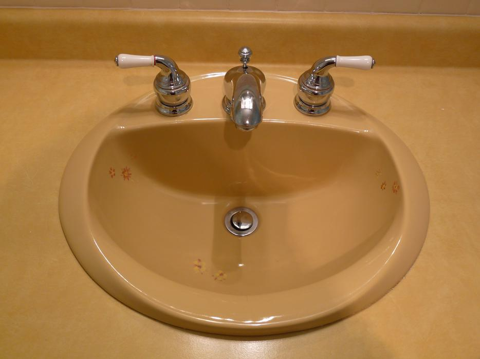 Bathroom Sink Amp Faucets Price Reduced North Saanich
