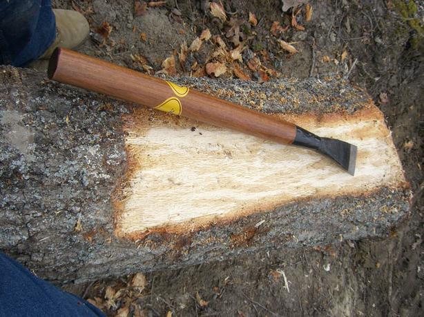 how to use a bark spud