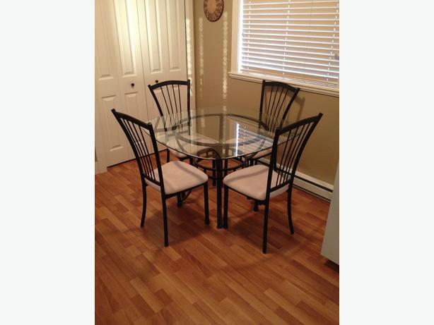 Kitchen Table For Sale Saskatoon