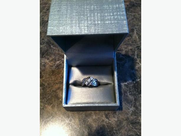 1CT Three Stone Ring