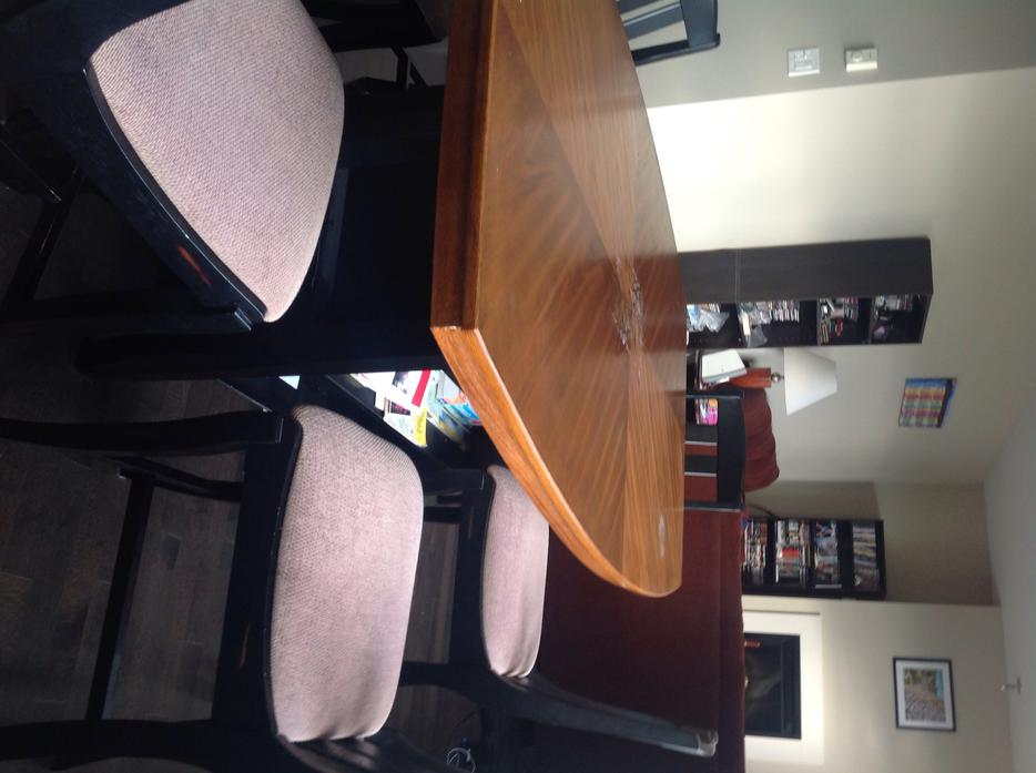 Free Dining Room Table Victoria City Victoria