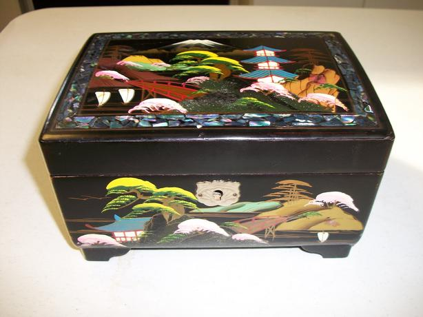 Vintage Japanese Music Jewelry Box West Shore LangfordColwood