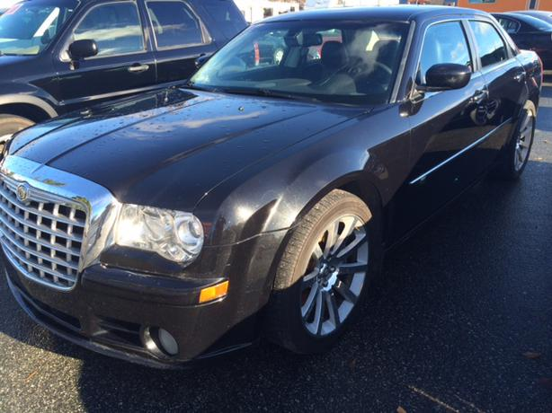 2008 chrysler 300 srt8 outside victoria victoria. Black Bedroom Furniture Sets. Home Design Ideas